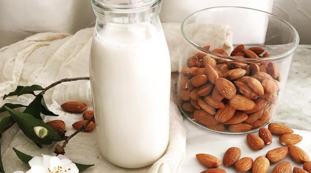 Almond Nut Mylk