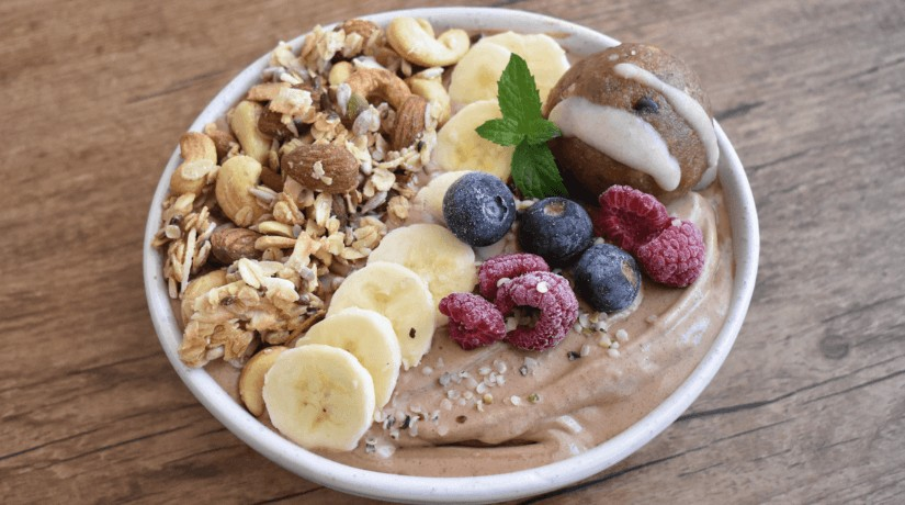Chocolate Almond Hemp Seed Smoothie Bowl
